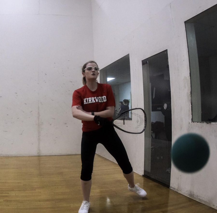 Hitting+the+ball%2C+Madeleine+Danna%2C+senior%2C+competes+in+a+racquetball+game+against+Parkway+West+High+School+Feb.+6.