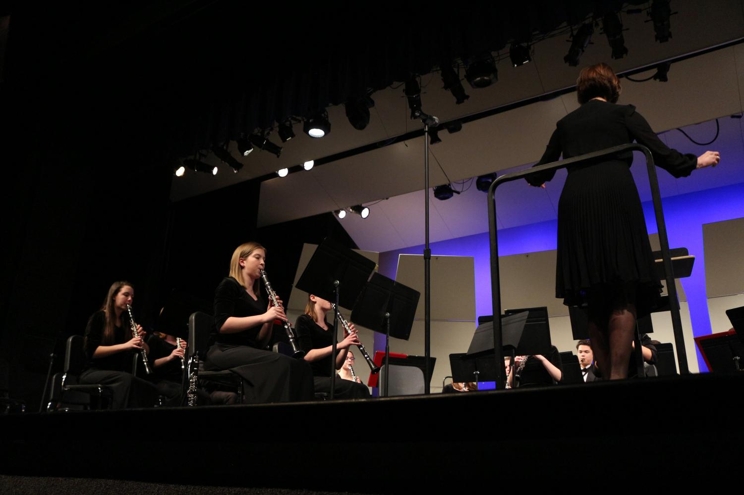 Performing+at+the+band+concert%2C+Olivia+Melsha%2C+senior%2C+and+Phebe+Hammond%2C+sophomore%2C+play+the+clarinets.